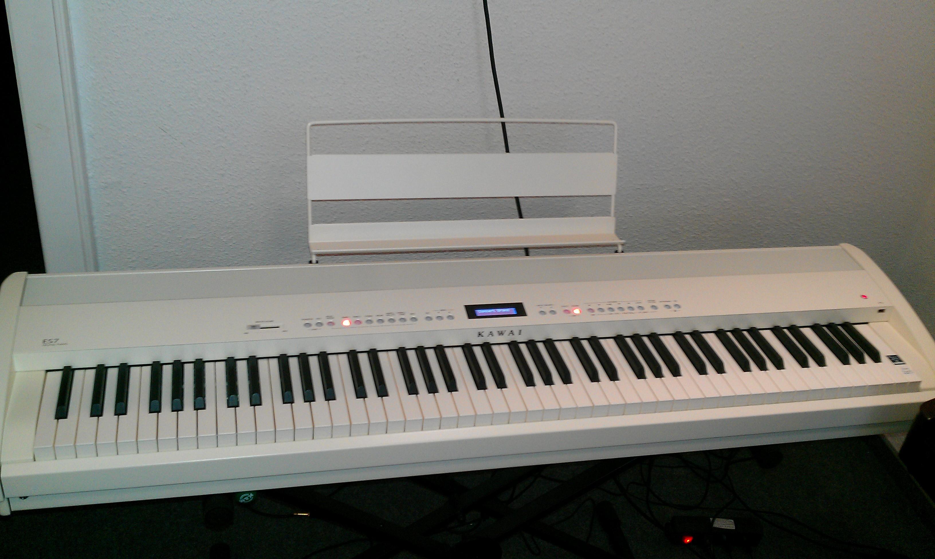 E-Piano ES-7 Piano-Experte.de